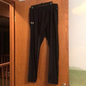 Men's Under Armour cold-gear workout pants